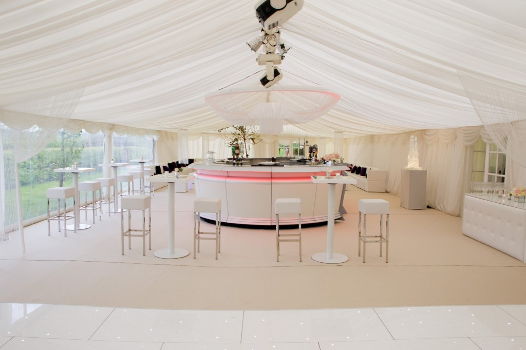 Advice for planning a marquee wedding or part…